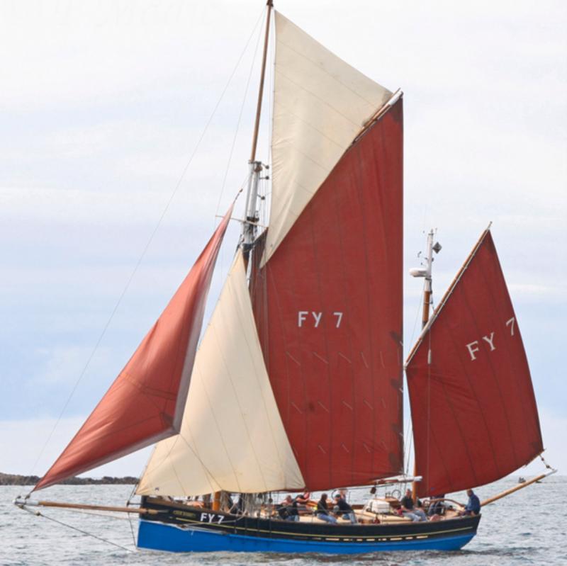 chart yacht